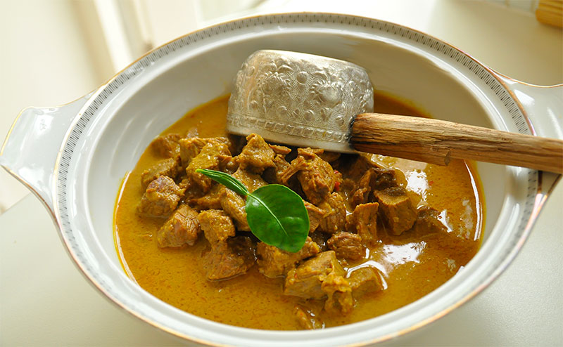 Creamy Fragrant And A Really Good One For Christmas This Beef Stew From Aceh Is A Really Delicious Stew Selamat Makan