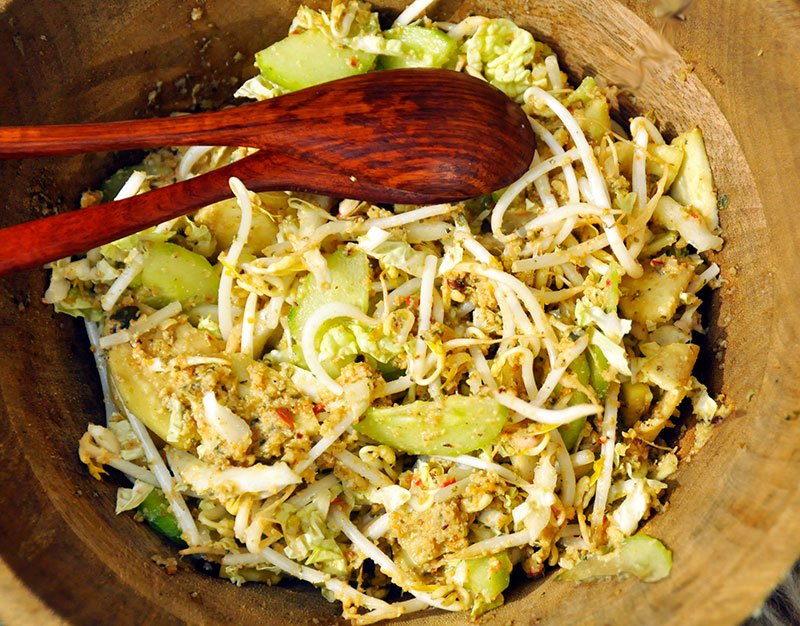Ulang Ulang Ambon Sligthly Spicy Indonesian Salad Pisangsusu Com
